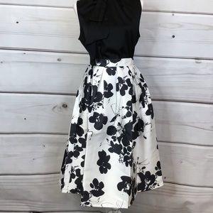 L'Atiste Pleated Floral Midi Skirt